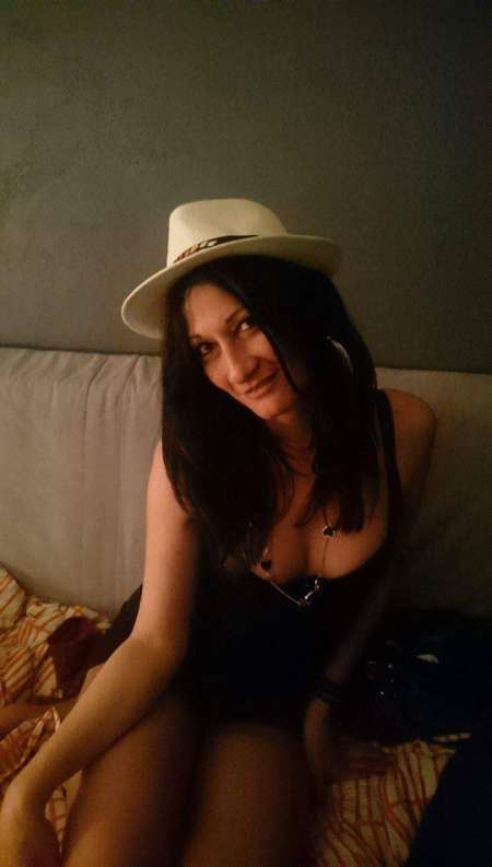 lesbienne french escort girl gard